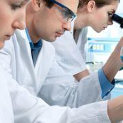 União de ciência e negócios Conhecimento transformado em Inovação